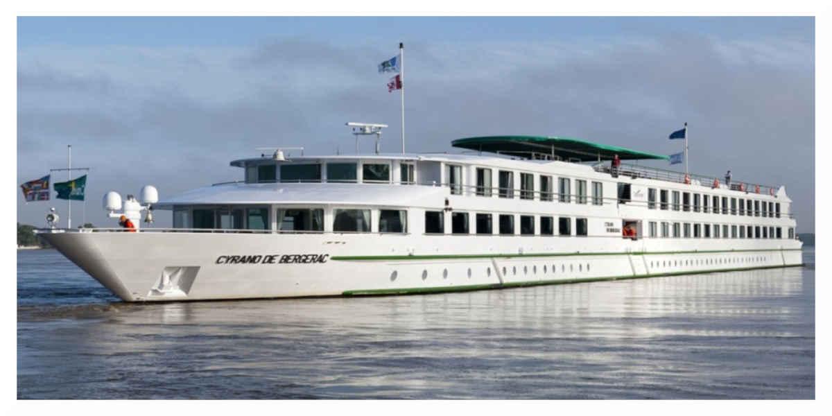 Un premier bateau de croisière fluviale accoste à Royan